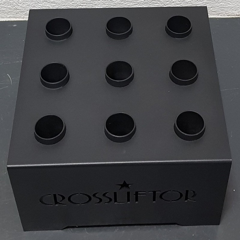 Cubic storage for 9 Barbells